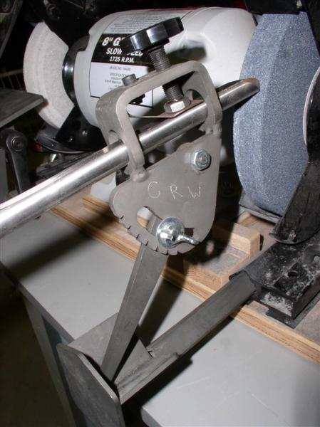 Wolverine Varigrind jig. Used for fingernail or Ellsworth grinds.
